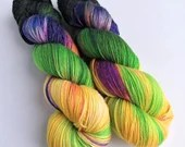 Hand dyed bamboo blend 4ply, 80/20% superwash merino/bamboo sock/fingering weight yarn. Cat People, merino bamboo variegated wool yarn.