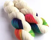Indie dyed high twist superwash merino/nylon sock weight/fingering/4ply yarn. Unicorn - variegated neon pink rainbow with white.