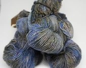 deSTASH yarn, Araucania Milodon, wool knitting yarn, worsted weight yarn, hand dyed yarn, Chilean yarn, blue and black yarn, crochet yarn