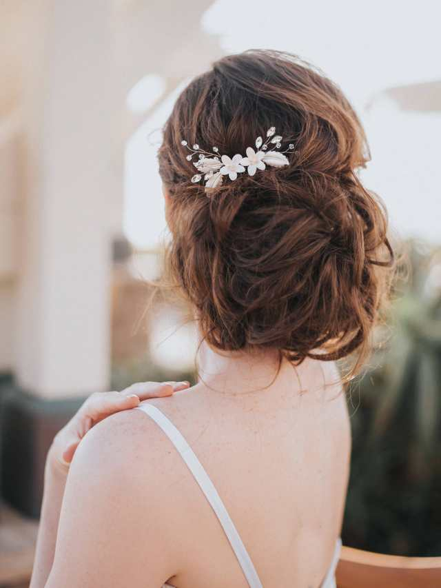 """bridal hair comb, bridal hair accessories, wedding hair accessories - """"lindsay"""" white or ivory flower bridal hair comb in silver or gold"""