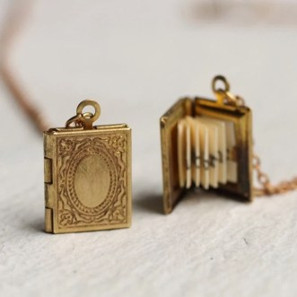 this necklace is a beautiful gift for book lovers