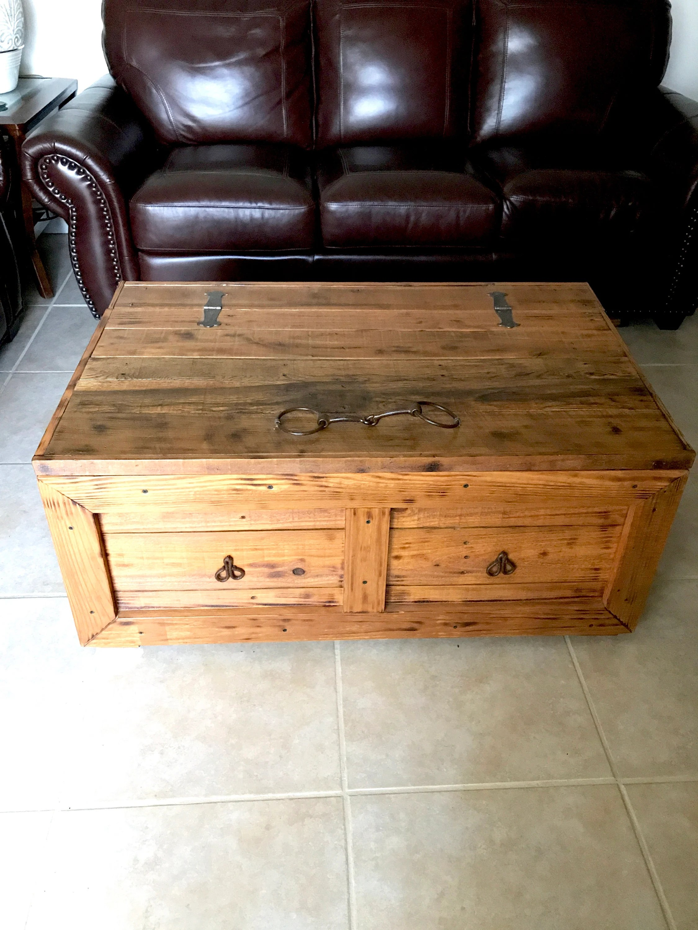 rustic coffee table trunk blanket chest east coast delivery only poderoso