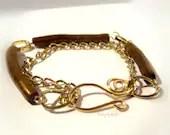 Gold Coral Bracelet//Heal...