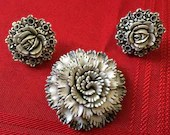 Vintage Black & White Flowers Roses Large Brooch Pin and Matching Earrings Demi Parure Set Roses Flowers 1960s Jewelry Gorgeous!