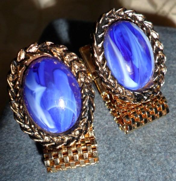 Vintage Cobalt Blue & Whi...