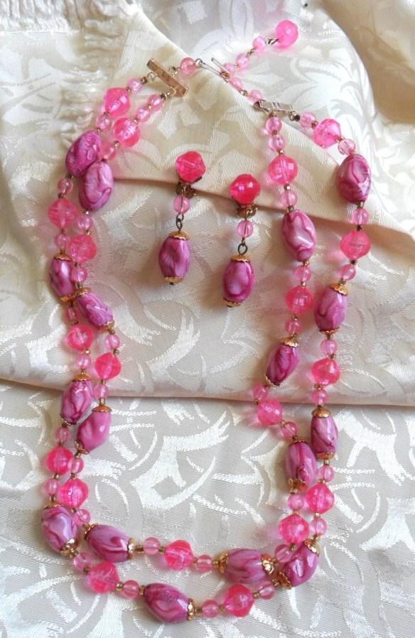 Stunning Vintage Pink Dou...