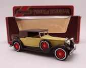 Vintage Matchbox Y-15 Models of Yesteryear 1930  Packard Victoria Diecast Car in Original Box
