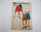 Vintage 1960s Simplicity Pattern #6695 Waist 28 Hip 38 Straight Skirt Pattern - 1960s Above the Knee Skirt Pattern - Cut Complete