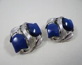 Vintage STAR Blue Tulip Clip Earrings in a Silver Tone Setting Perfect for Spring and Summer