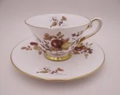 Beautiful Vintage Royal Chelsea English Bone China Teacup and Saucer set Apples and Pears Fall Autumn Tea Cup 494A