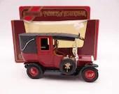 MIB Vintage Lesney Matchbox Y 28 Models of Yesteryear 1907 UNC Taxi Cab Diecast Car in Original Box