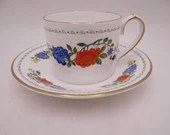 """Vintage Aynsley  English Bone China """"Famille Rose"""" Teacup and Saucer Set Lovely English Tea Cup"""