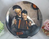 """1981 Edwin Knowles Norman Rockwell """"The Music Maker"""" Collector Plate Limited Edition Heritage Series"""