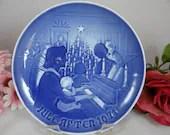 1971 Bing and Grondahl B G Christmas Collector Plate Christmas at Home