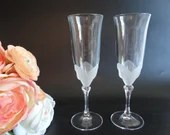 """Set of 2 Vintage Cristal D'Arques - Durand """"Florence"""" Cristal frosted floral wrap Crystal Champagne Toasting Flute Glasses - Made in France"""