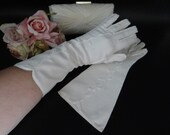 """Vintage Ivory Above the Wrist Length Gloves with Stitched Flower and Stitched Edge Detail are Elegant Off White 12"""" Inch Gloves"""