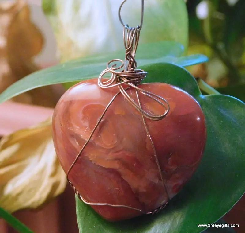 Agate, Carnelian Heart Pe...