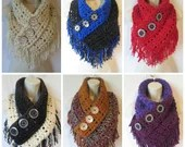 Crochet fringe triangle c...