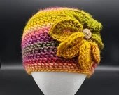 Flower Beanie in 'Coral Reef'