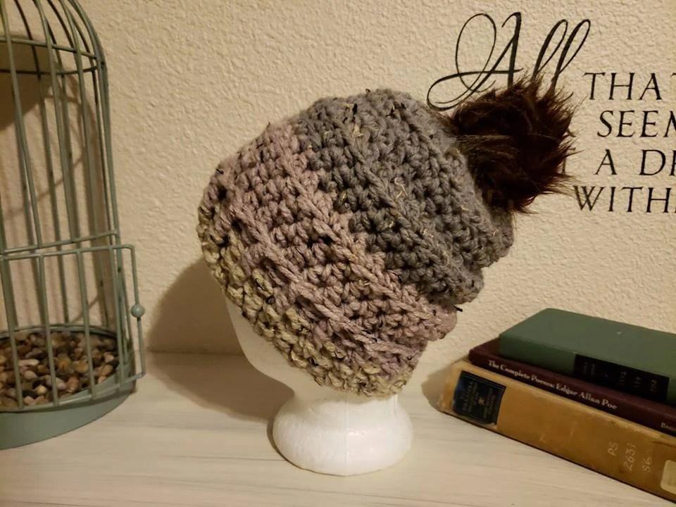 Wool Slouch w/faux fur pom pom
