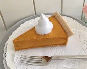 Pumpkin Pie, play food, felt food, felt pie, thanksgiving toy, pretend play, thanksgiving, play kitchen, bakery toy