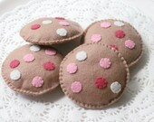 Felt Food, Chocolate Chip Cookies, Pink Plush Toy, Biscuits, Felt Play Food, Tea Party, Pretend Play, Bakery Toy, Play Kitchen, Play Shop