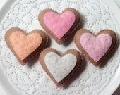 Felt Play Food, Biscuits, Sugar Cookies, Pink Hearts, Children's Toy, Pretend Play, Felt Cookies, Tea Party, Bakery Toys, Play Kitchen