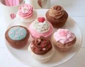 Felt Cupcakes, Play Food, Pretend Food, Play Cupcakes, Felt Food, Handmade Gift for Children and Cupcake Lovers! Set of 6 Original Designs