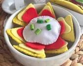 Felt Play Food, Felt Nachos, Corn Chips, Tortilla Chips, Salsa, Pretend Food, Mexican, Children's Gift, Perfect for Play Kitchen!