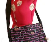 Donkey Kong messenger bag, padded and reversible, Nintendo purse, Nintendo messenger bag, Geek Girl, Geek Purse, Geek Laptop Bag, Geeky Bag