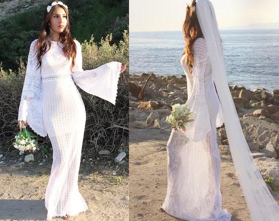 Vintage Mermaid Lace Wedding Dress Boho Bell Sleeve Angel