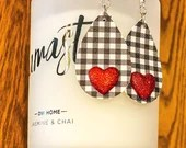 Black and White Gingham - Buffalo Check Teardrop Leather Earrings - Heart