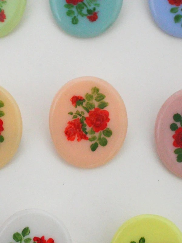1950s Oval Hand-Painted R...