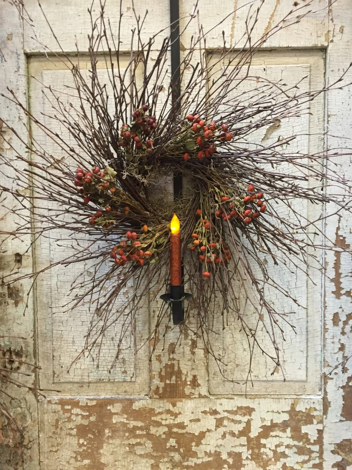 Iron Wreath Hanger With Timer Taper Candle