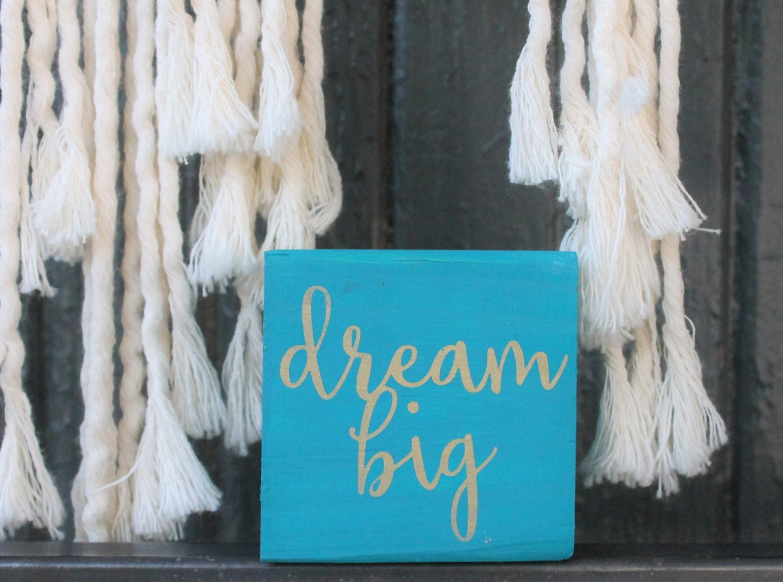 Dream Big - small 3.5&quo...