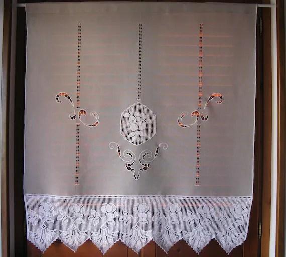 Una volta scelte le tende per la tua casa, completale con bastoni o binari. Linen Curtainliving Room Curtainembroidered Etsy
