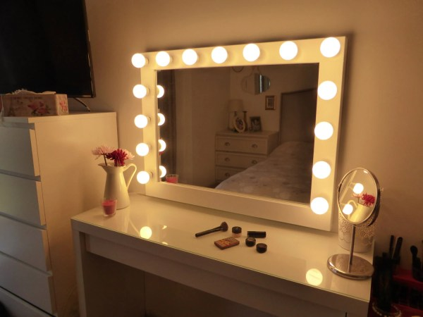 Hollywood lighted vanity mirror-large makeup mirror with ...