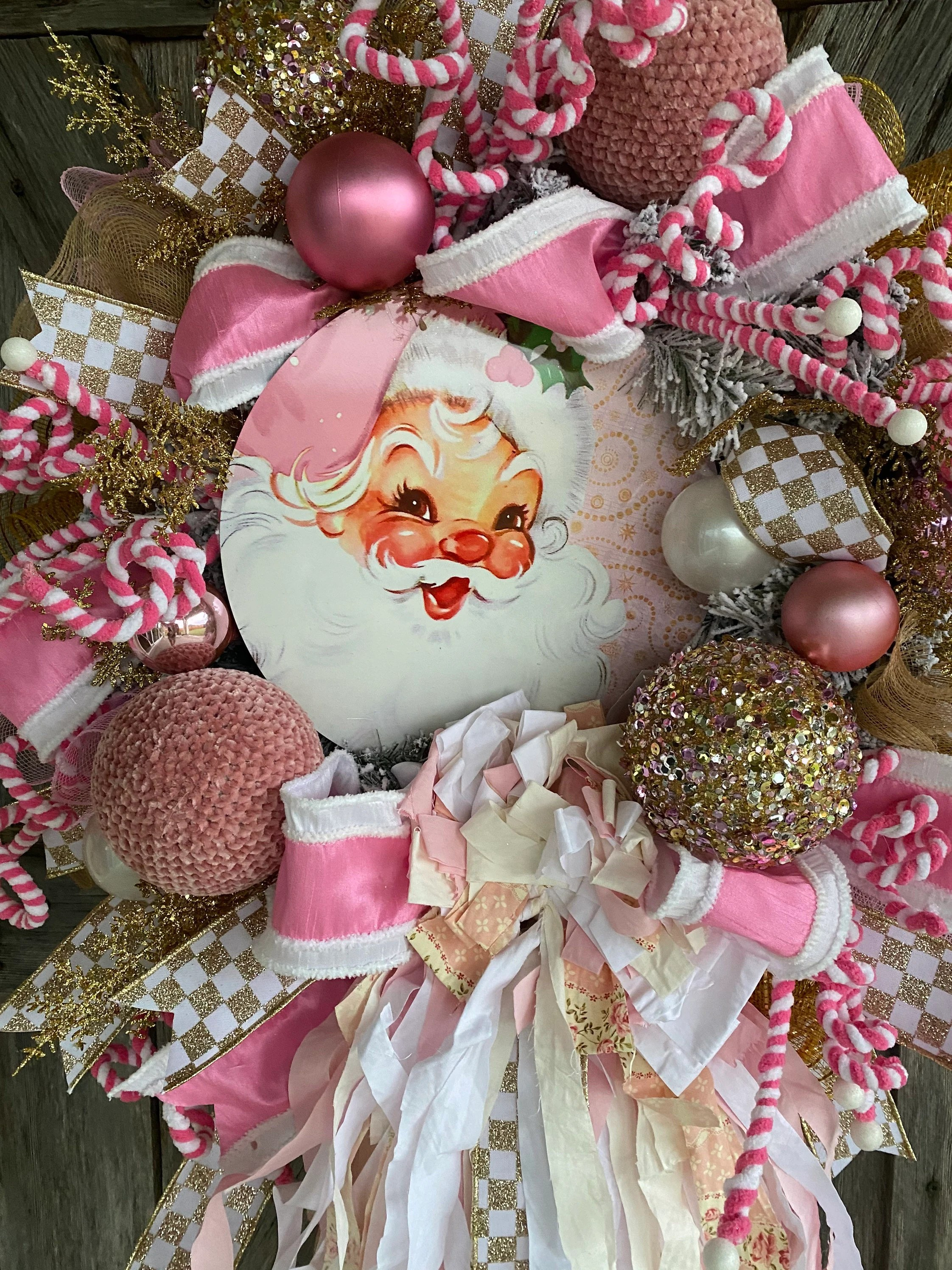 Decorating With a Shabby Chic Christmas Wreath