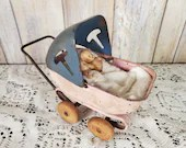 Vintage 30S Wyandotte Pressed Steel Toy Baby Doll Carriage Buggy with Babies