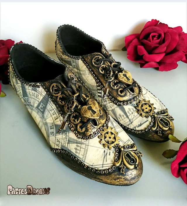 Old map print steampunk shoes created by PastelDreamShoes.