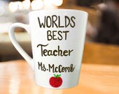 Worlds Best Teacher - Coffee Mug - Teacher Appreciation Week Gifts. Personalized Mugs for teachers!