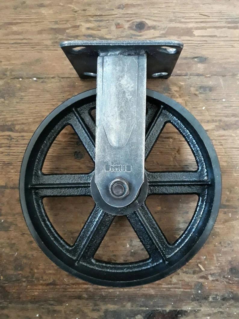 meuble industriel roulette pivotante