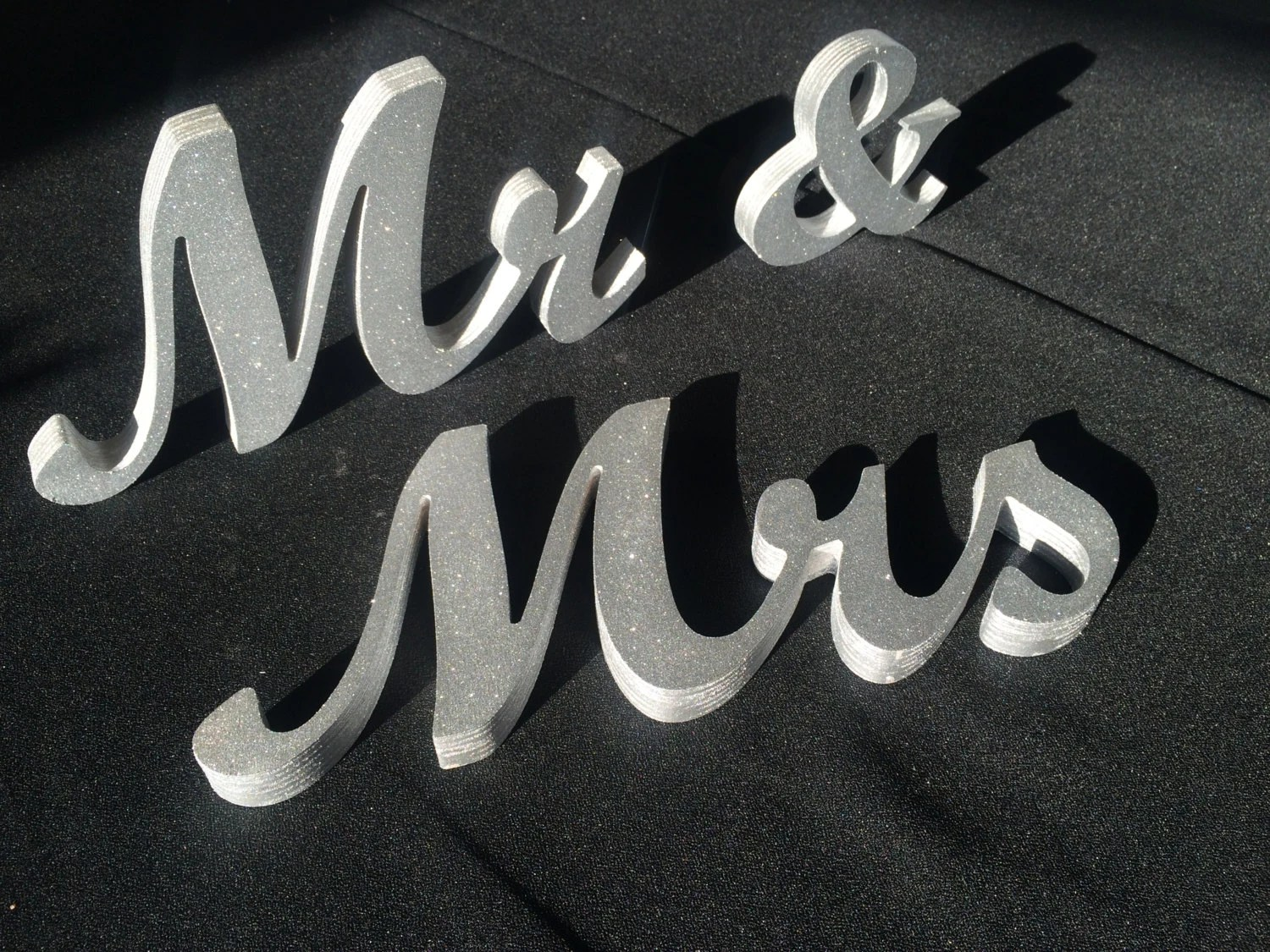Wooden 'Mr & Mrs' Letters 4 5 6