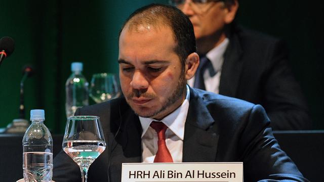 """""""C'est un jour triste pour le football"""" : De Thiriez au Prince Ali, les réactions sur l'affaire FIFA"""