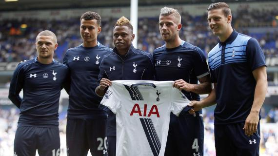 Tottenham's new signings Kieran Trippier, Dele Alli, Clinton Njie, Toby Alderweireld and Kevin Wimmer pose for photographers before the game
