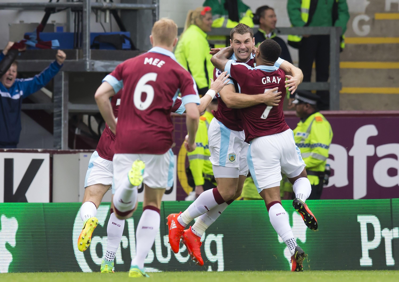 Сэм Воукс празднует гол в матче «Бёрнли» – «Ливерпуль»