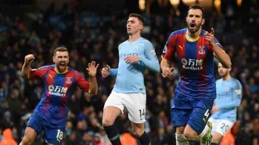 Bildergebnis für Manchester City 2 Crystal Palace 3: Townsend wonder strike stuns Guardiola's men