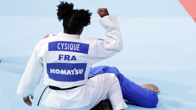 Sarah-Léonie Cysique lors des championnats du monde 2019 de Tokyo