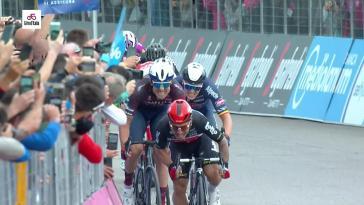 Ewan a signé un sprint de haute volée pour battre Gaviria : l'arrivée de la 7e étape