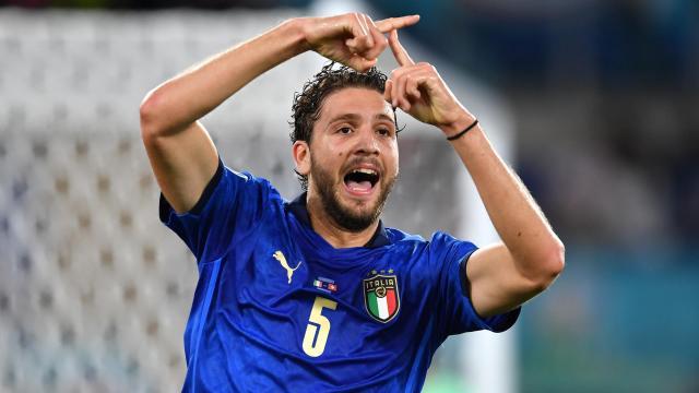 Manuel Locatelli scores twice - ArseDevils